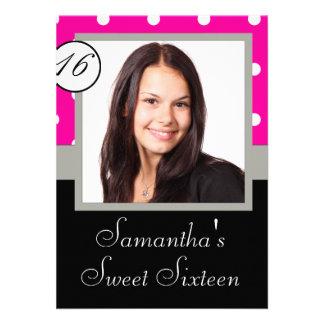 Rosa Punkt 16. Geburtstag Personalisierte Einladungskarte