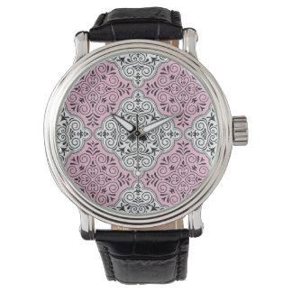 Rosa Rokoko-Muster blühen Armbanduhr