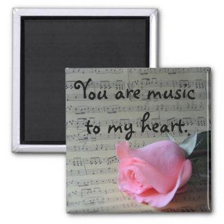 """Rosa Rose und Musik """"Sie sind Musik zu meinem Quadratischer Magnet"""