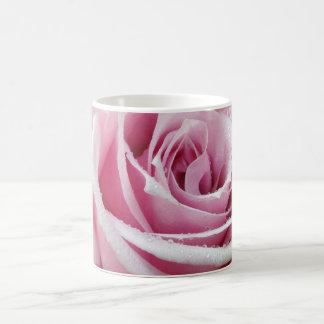 Rosa Rosen-Blumenkaffee-Tasse Tasse