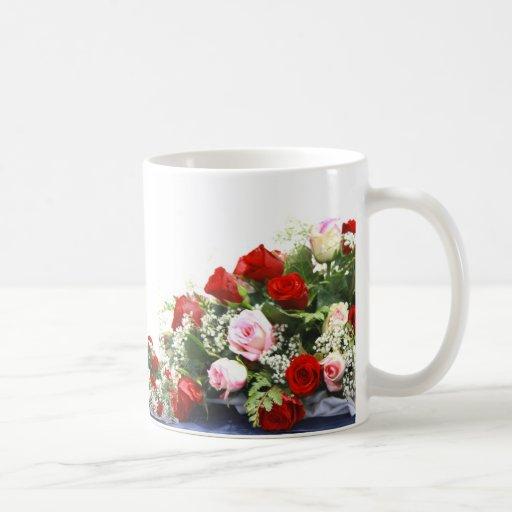 Rosa Rosen, die Blumenstrauß Wedding sind Teehaferl