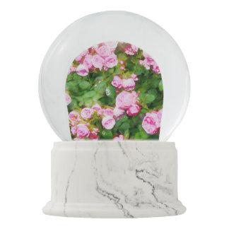 Rosa RosenWatercolor Schneekugel
