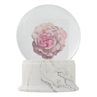 Rosa Rosewatercolor-Illustration Schneekugel