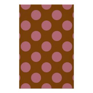 Rosa Schokoladen-Punkte Briefpapier