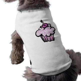 Rosa spielt kleinen Kuchen die Hauptrolle T-Shirt