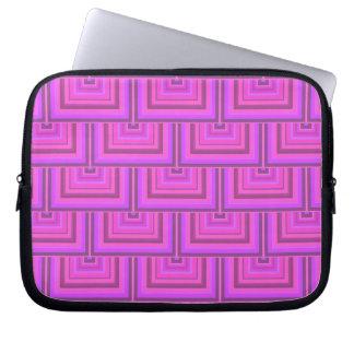 Rosa Streifenquadrat stuft Muster ein Laptopschutzhülle