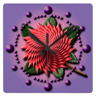Rosa Strudel-Blume Quadratische Wanduhr