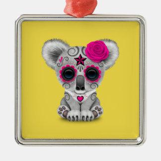 Rosa Tag des toten Baby-Koala Quadratisches Silberfarbenes Ornament
