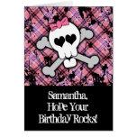 Rosa Totenkopf mit gekreuzter Knochen-Mädchen-Gebu Karte