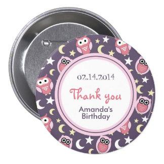 Rosa und lila Eulen-Cartoon-Geburtstags-Button