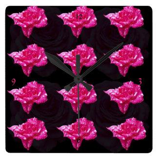 Rosa und schwarzes Rosen-Muster, Quadratische Wanduhr