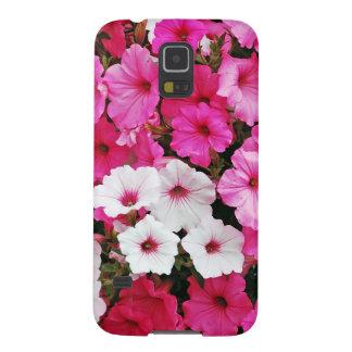 Rosa und weiße Petunie-Blumen Samsung Galaxy S5 Hülle