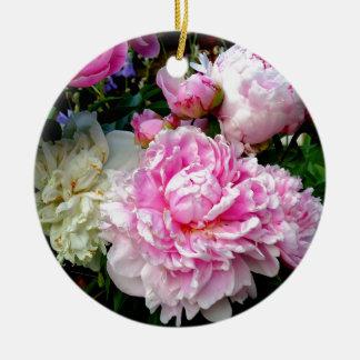 Rosa und weiße Pfingstrosen Keramik Ornament