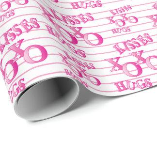 Rosa Valentinsgruß-Streifen küsst und umarmt Geschenkpapier
