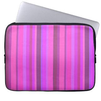Rosa vertikale Streifen Laptopschutzhülle
