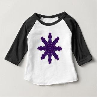 Rosa Verzierungen auf Weiß Baby T-shirt