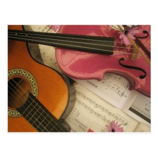 Rosa Violine und Gitarre Postkarte