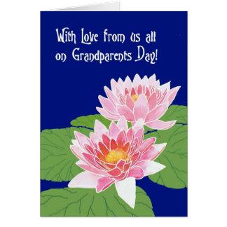 Rosa Wasser-Lilien am blauen Großeltern-Tag Karte
