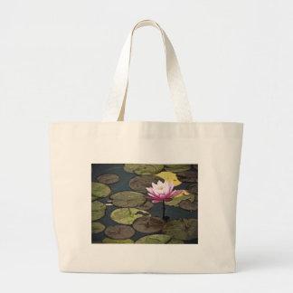 Rosa Wasser-Lilien-Zeichnen Einkaufstaschen