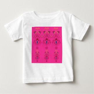 Rosa wunderbarer Verzierungs-Volkentwurf Baby T-shirt