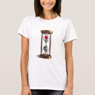 Rose im Hourglass T-Shirt