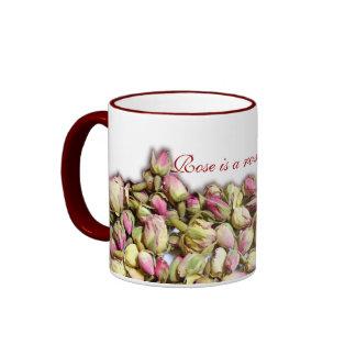 Rose ist eine Rose mug2 Ringer Tasse