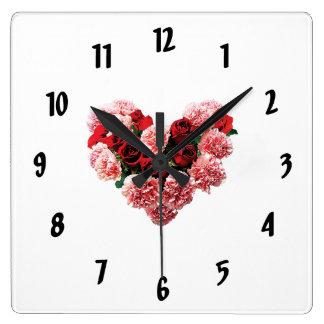Rosen-und Gartennelken-Herz Quadratische Wanduhr