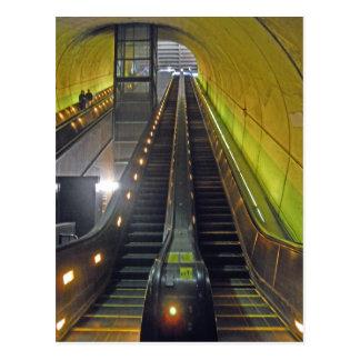 Rossyln Metro-Stations-Rolltreppen Arlington VA Postkarte