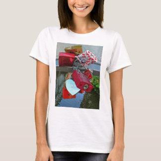Rost-Kunst, Liebeverschlüsse T-Shirt