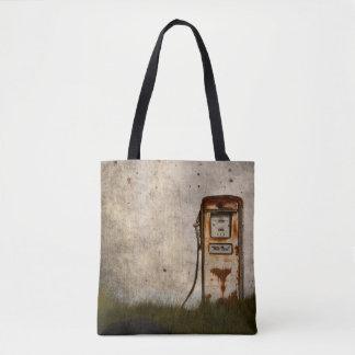 Rostige alte antike Gaspumpe Tasche