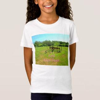 Rostige alte landwirtschaftliche Maschinen T-Shirt