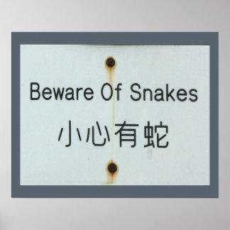 """Rostiges altes """"passen Sie von den Schlangen"""" Poster"""