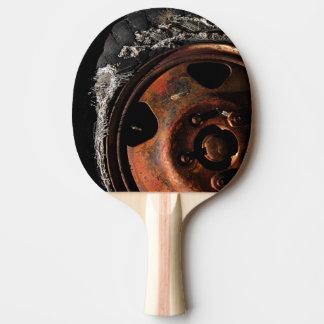 Rostiges Rad heftige Reifen-Makrophotographie Tischtennis Schläger