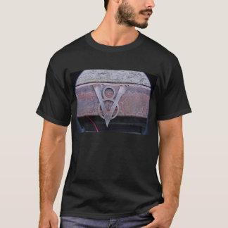 Rostiges V8-Detail T-Shirt