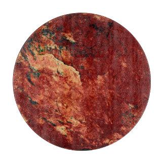 Rot gemalter Felsen Schneidebrett