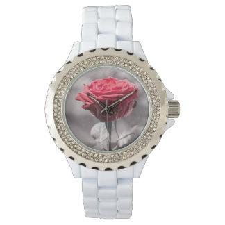 Rot ist die Rosen-romantische Rote Rose Armbanduhr