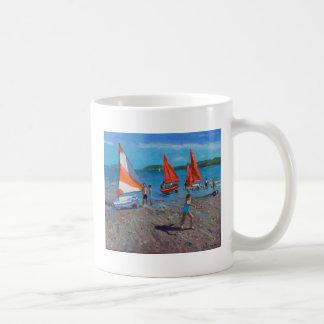 Rot und Weiß segelt Abersoch Kaffeetasse