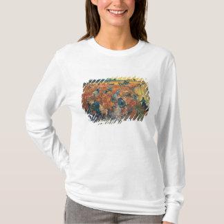 Rot-Weinberge Vincent van Goghs | bei Arles, 1888 T-Shirt