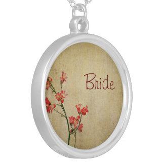Rote Blüten-Braut Versilberte Kette