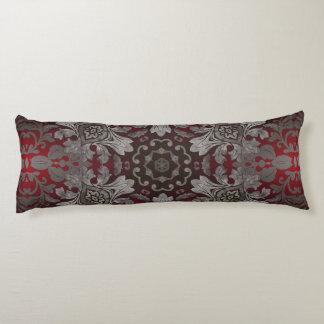rote der Renaissance gotische metallische und Seitenschläferkissen