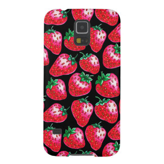 Rote Erdbeere auf schwarzem Hintergrund Samsung S5 Hülle