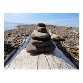 Rote Felsen-Meditations-Skulptur Postkarte