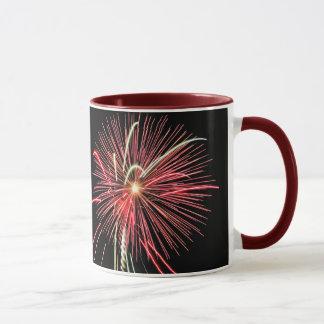 Rote Feuerwerk-Tasse Tasse