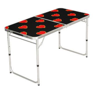 Rote Herzen auf einem schwarzen Hintergrund Beer Pong Tisch