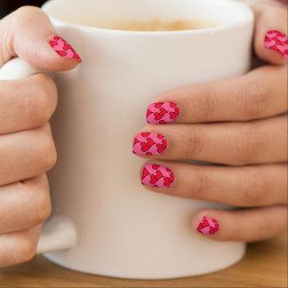 Rote Herzen auf Ihrem Farbhintergrund Minx Nagelkunst