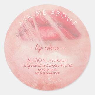 Rote Lippen drucken Watercolorrosa fragen mich Runder Aufkleber