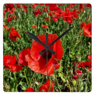 Rote Mohnblumen-Uhr Quadratische Wanduhr
