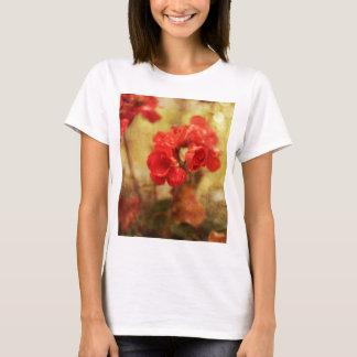 Rote Pelargonie T-Shirt