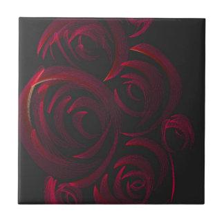Rote Rosen in der Dunkelheit Keramikfliese