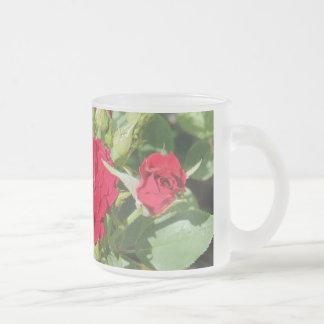 Rote Rosen Matte Glastasse